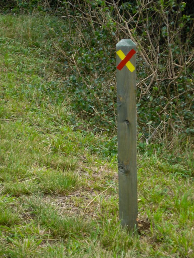 Trilha fechada no Parque Natural da Serra da Estrela, Portugal.